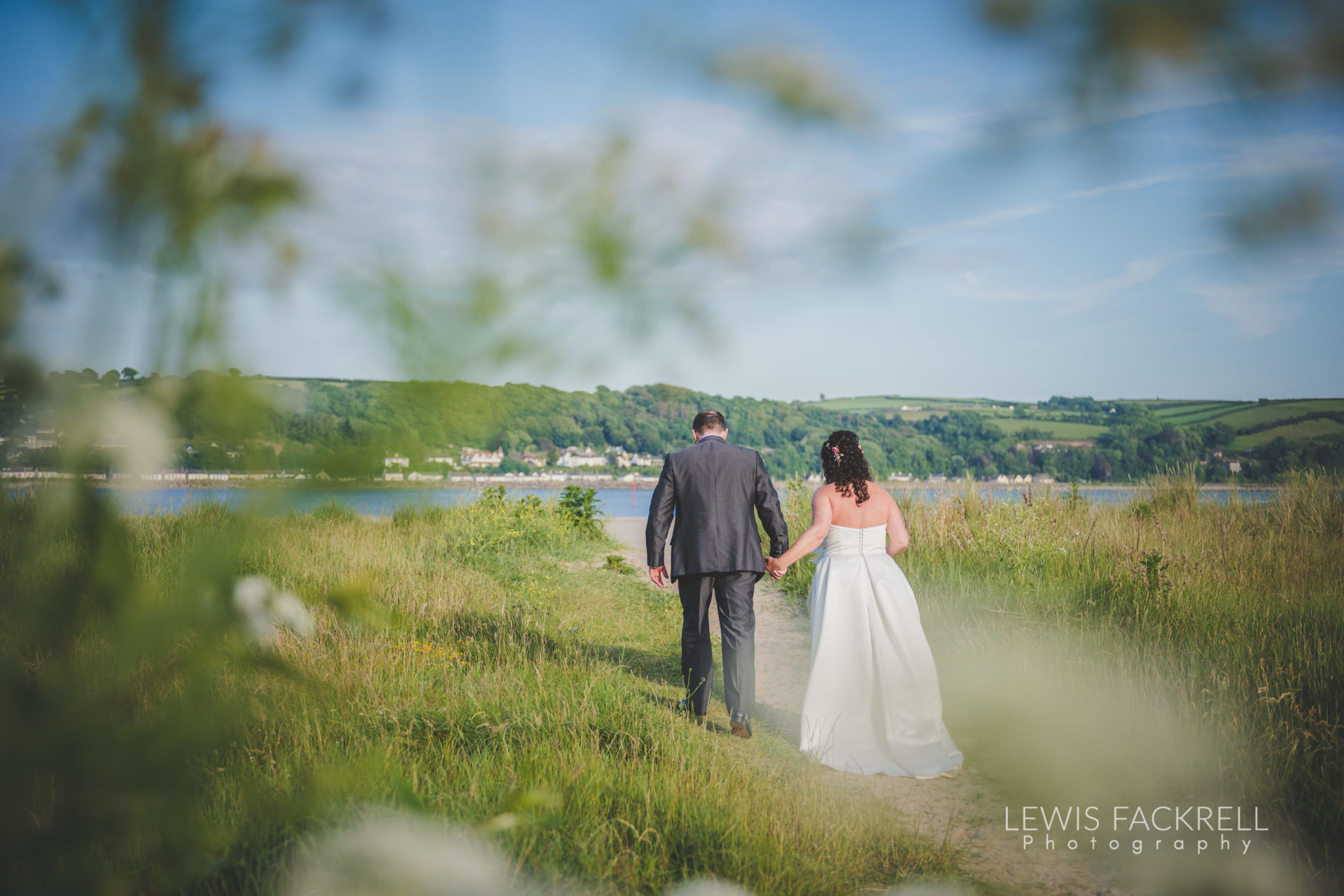 Lewis-Fackrell-Photography-Wedding-Photographer-Cardiff-Swansea-Bristol-Newport-Pre-wedding-photoshoot-Rhian-Mark-Mansion-House-Llansteffan-Carmarthenshire--114