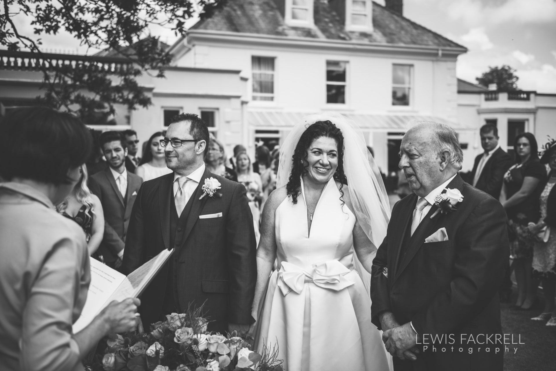 Lewis-Fackrell-Photography-Wedding-Photographer-Cardiff-Swansea-Bristol-Newport-Pre-wedding-photoshoot-Rhian-Mark-Mansion-House-Llansteffan-Carmarthenshire--30