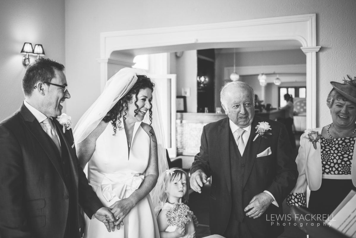Lewis-Fackrell-Photography-Wedding-Photographer-Cardiff-Swansea-Bristol-Newport-Pre-wedding-photoshoot-Rhian-Mark-Mansion-House-Llansteffan-Carmarthenshire--35