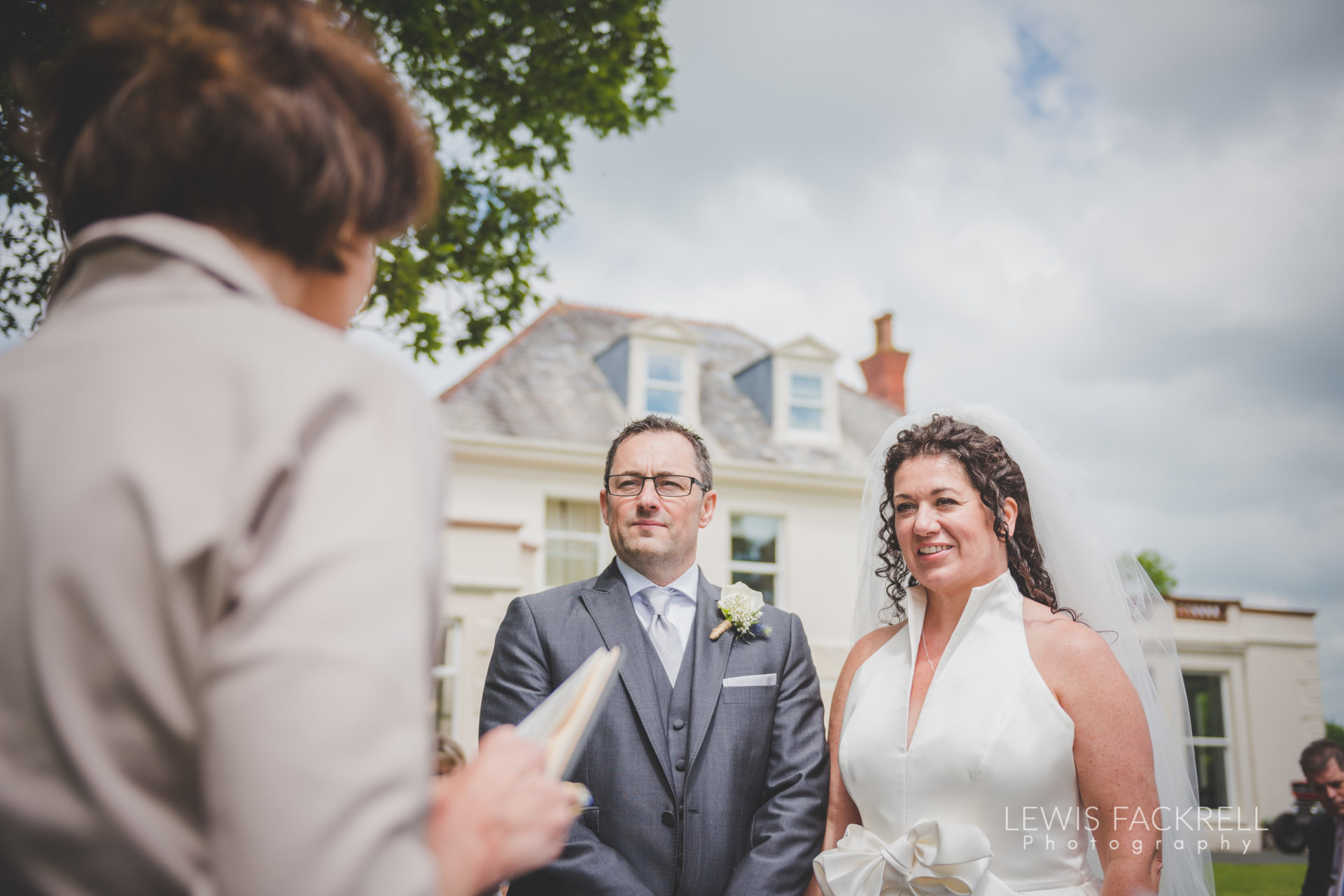 Lewis-Fackrell-Photography-Wedding-Photographer-Cardiff-Swansea-Bristol-Newport-Pre-wedding-photoshoot-Rhian-Mark-Mansion-House-Llansteffan-Carmarthenshire--54