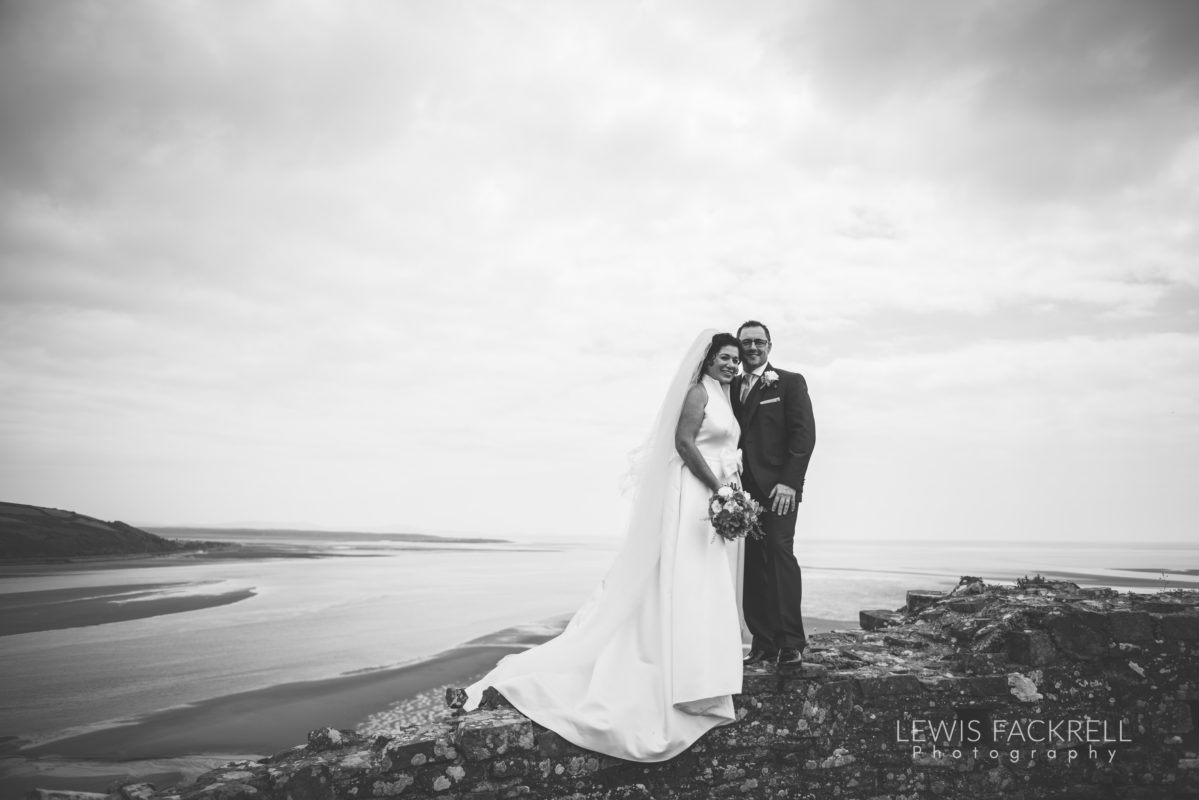 Lewis-Fackrell-Photography-Wedding-Photographer-Cardiff-Swansea-Bristol-Newport-Pre-wedding-photoshoot-Rhian-Mark-Mansion-House-Llansteffan-Carmarthenshire--62