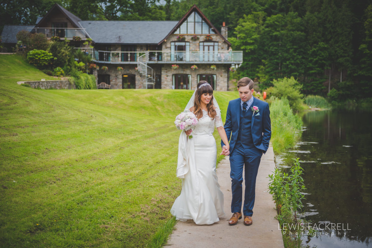 Lewis-Fackrell-Photography-Wedding-Photographer-Cardiff-Swansea-Bristol-Newport-Pre-wedding-photoshoot-cerian-dan-canada-lake-lodge-llantrisant--50