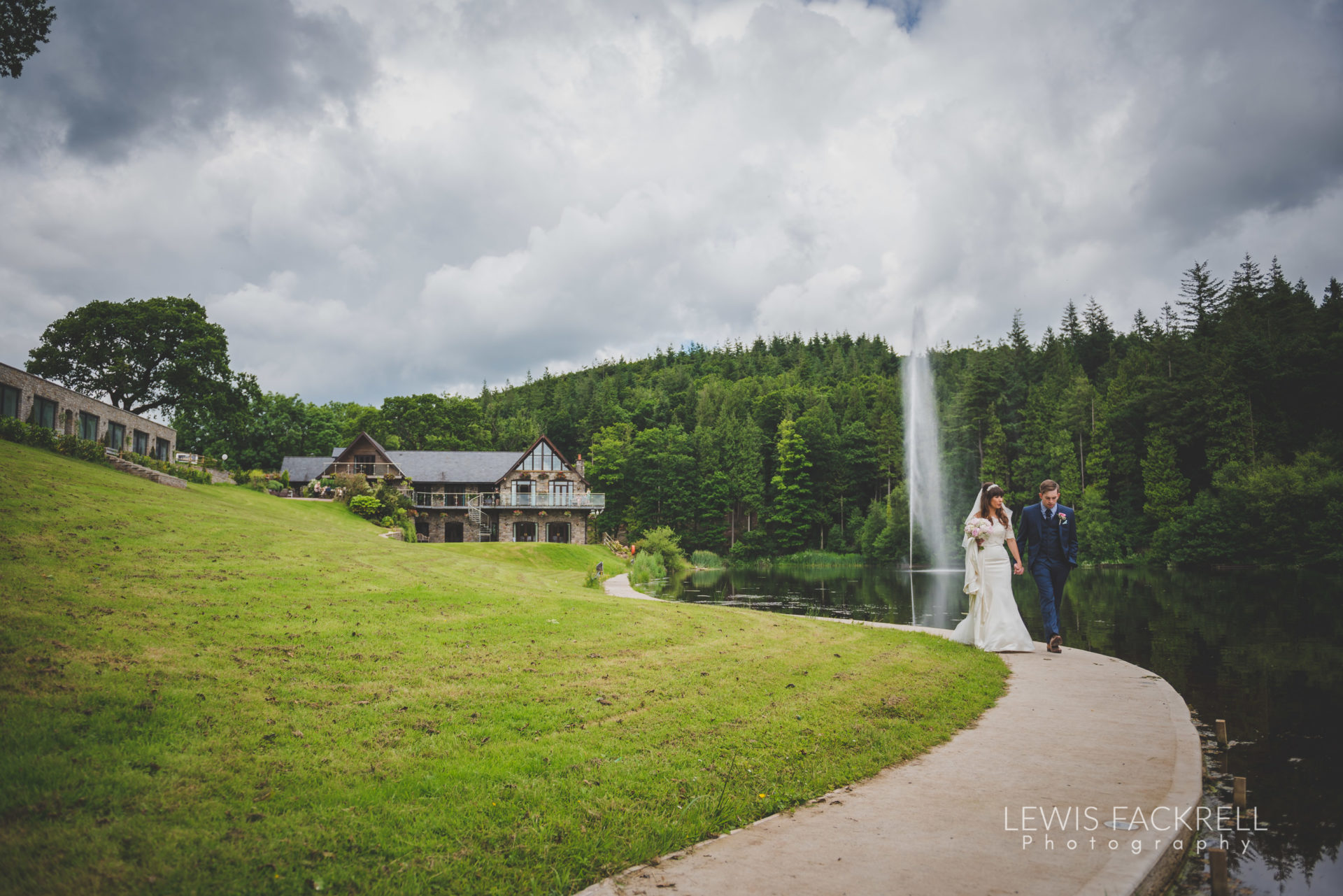 Lewis-Fackrell-Photography-Wedding-Photographer-Cardiff-Swansea-Bristol-Newport-Pre-wedding-photoshoot-cerian-dan-canada-lake-lodge-llantrisant--52