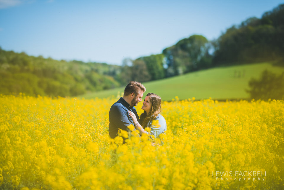 pre-wedding Symonds Nat Rapeseed field laughter