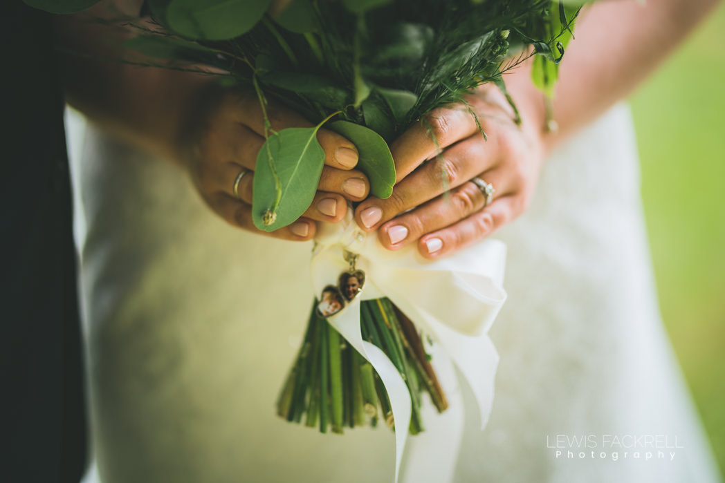 Bouquet and images of grandparents